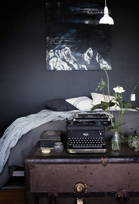 cosy dark bedroom